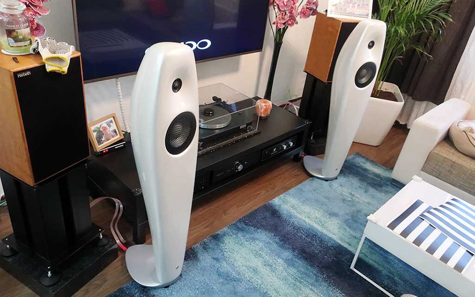 2019-08-31-TST-Vivid-Audio-Kaya-25-2-960×600
